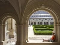 abbaye-de-fontevraud-le-cloitre-du-grand-moutier_productdiaporamaimage